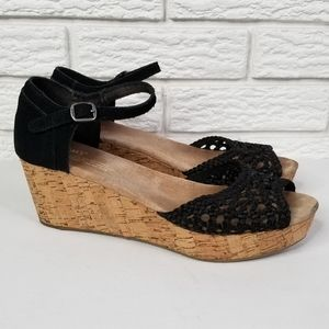 TOMS Crochet Wedge Cork Platform Sandals 8 Black